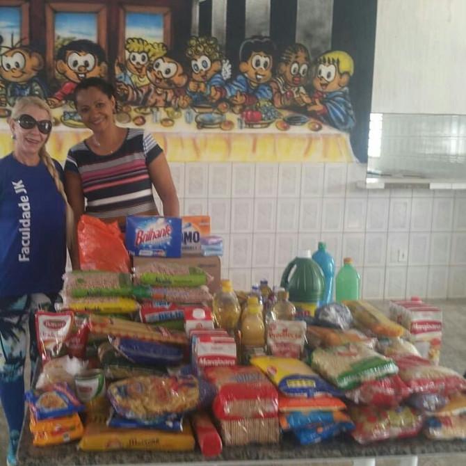 Aconteceu hoje, 25/04, na Faculdade JK - Unidade Valparaíso, uma ação para arrecadação de alimentos.