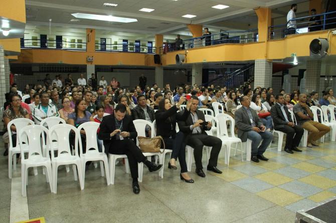 Equipe da Sejus/DF ministra palestra na Faculdade JK de Samambaia.