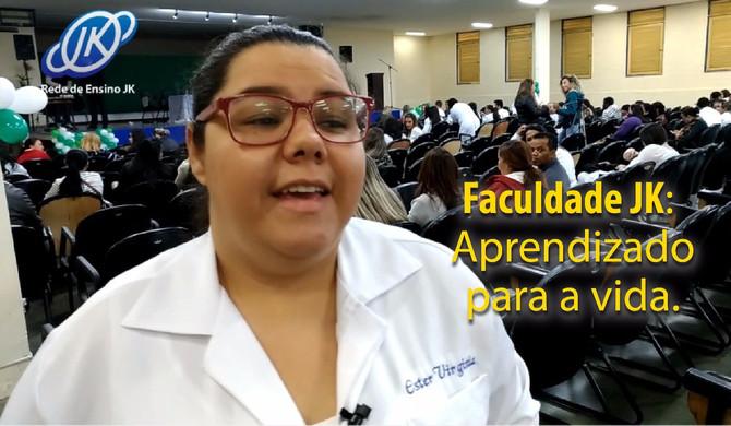 Assista ao depoimento de VIRGÍNIA DA SILVA, aluna do 8° semestre de Enfermagem