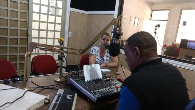 Profª da JK dá dicas de Marketing Pessoal em programa de rádio.
