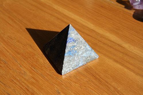 Lapis Lazuli Pyramid min 4cm base