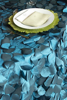 Blue Circle Petal Table Runner | Unforgettable Events