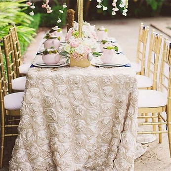 Rosette Tablecloth | Unforgettable Events