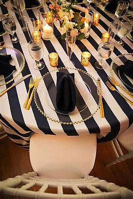 Modern Wedding Plate Setting | Unforgettable Events