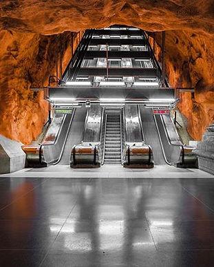 Metro station_Stockholm_- - - - - _Dopo