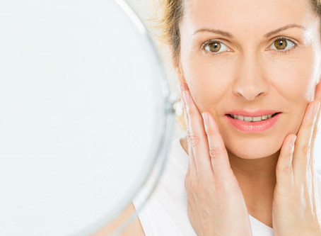 How Dental Implant Tooth Replacements Reverse The Aging Process