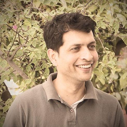 samir-madhusudan-kher_edited.jpg