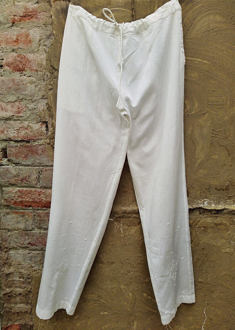 Dehliya Chikankari Embroidered Slim Fit Pants