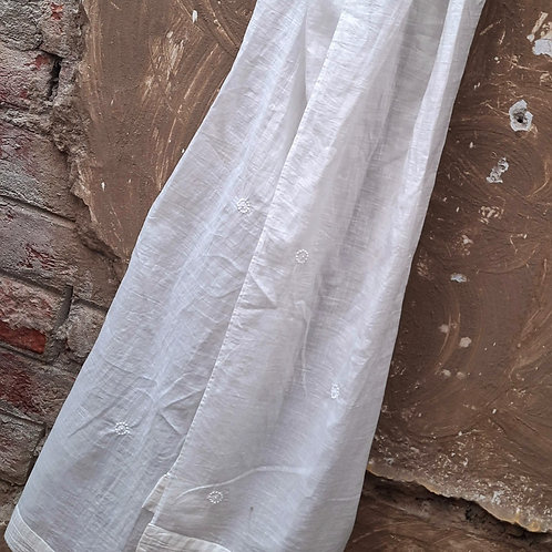 Arcee Chikankari Cotton Stole