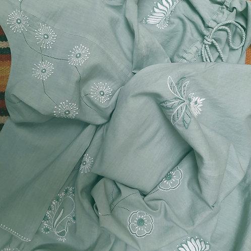 Kaifi Chikankari Round Neck Panelled Tunic With Pockets