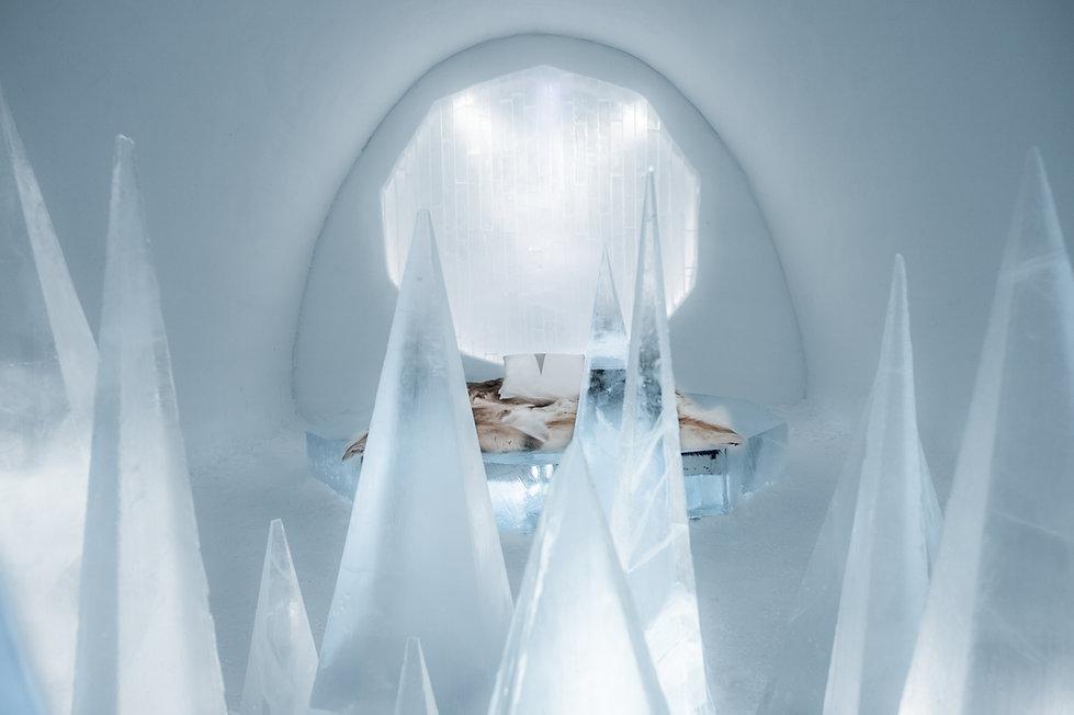 Art suite | White Desert | ICEHOTEL | Timsam Harding