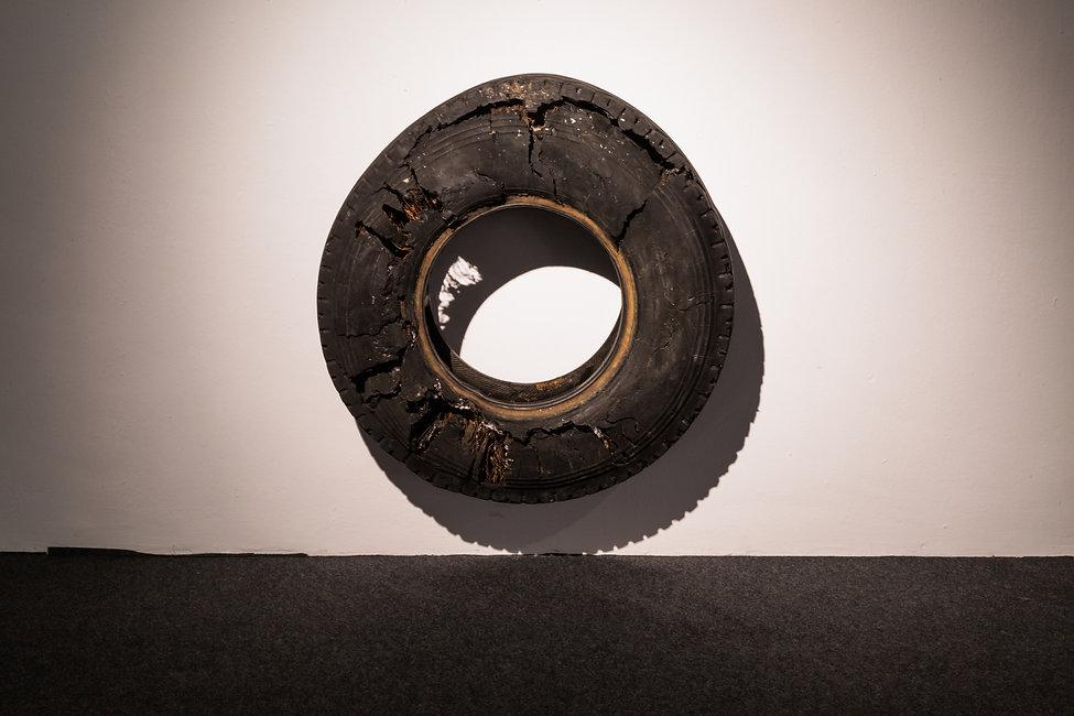 Timsam Harding, Bajo la rueda, sobre el asfalto