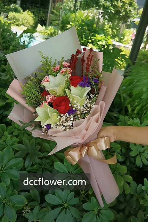 3 white lily & red rose bouquet