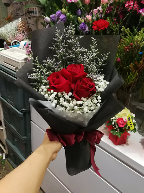 3 red rose bouquet