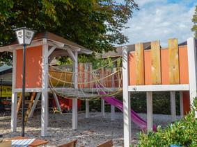 Fröhlichs Wirtshaus Abenteuerspielplatz