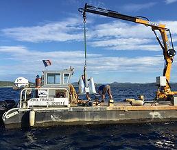 Barge travaux sous-marins