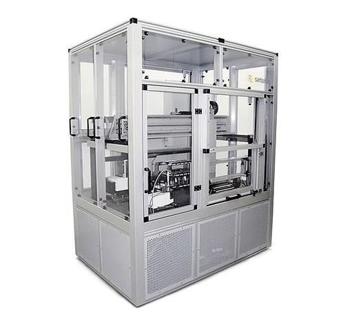 Robot systems for mass comparison / Sartorius