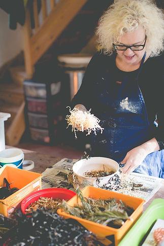 Patricia_MIllar Wrapping pots.jpeg