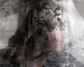 feminine portraits (10 of 15).jpg