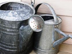 yard-helpers-vintage-water-cans.jpg