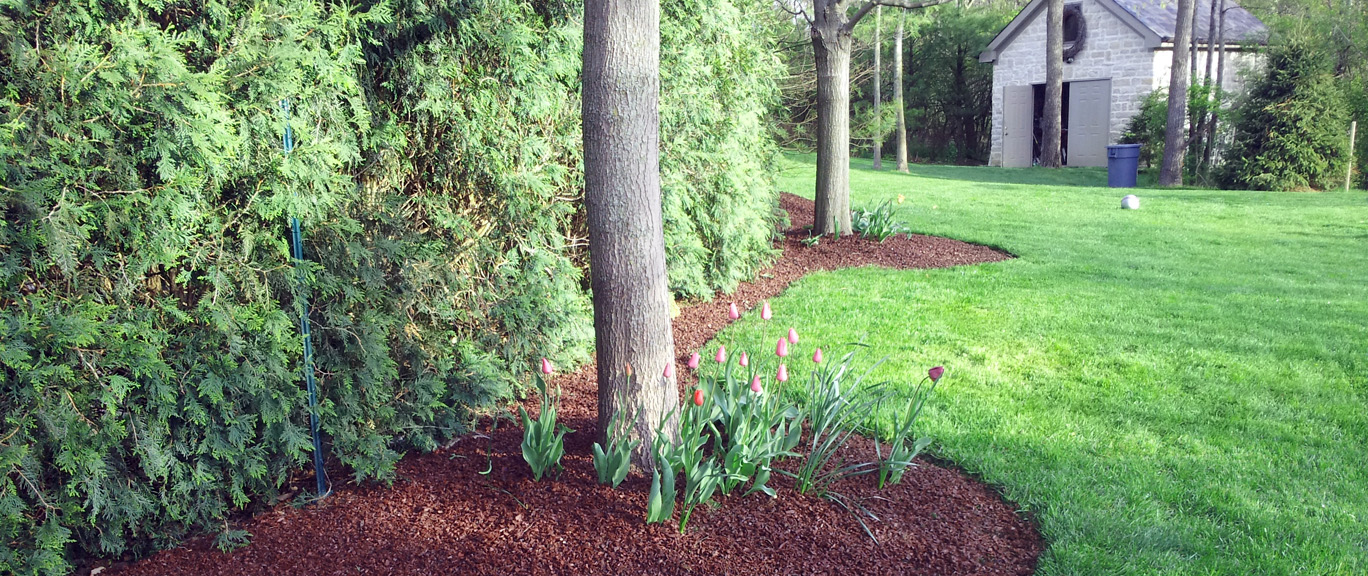 yard-helpers-mulch-1.jpg