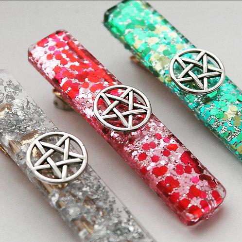 Oversized Pentagram - Hairclips