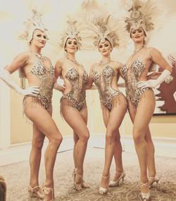 Showgirls Manina