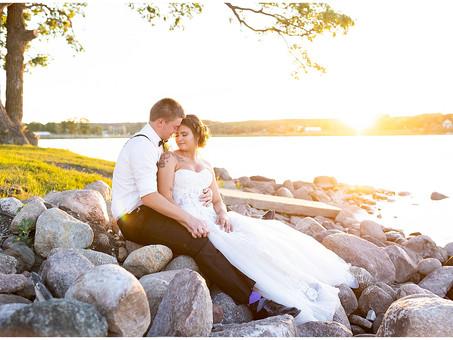 Hill Top Wedding in Lake Benton, Minnesota | Lydia & Brett