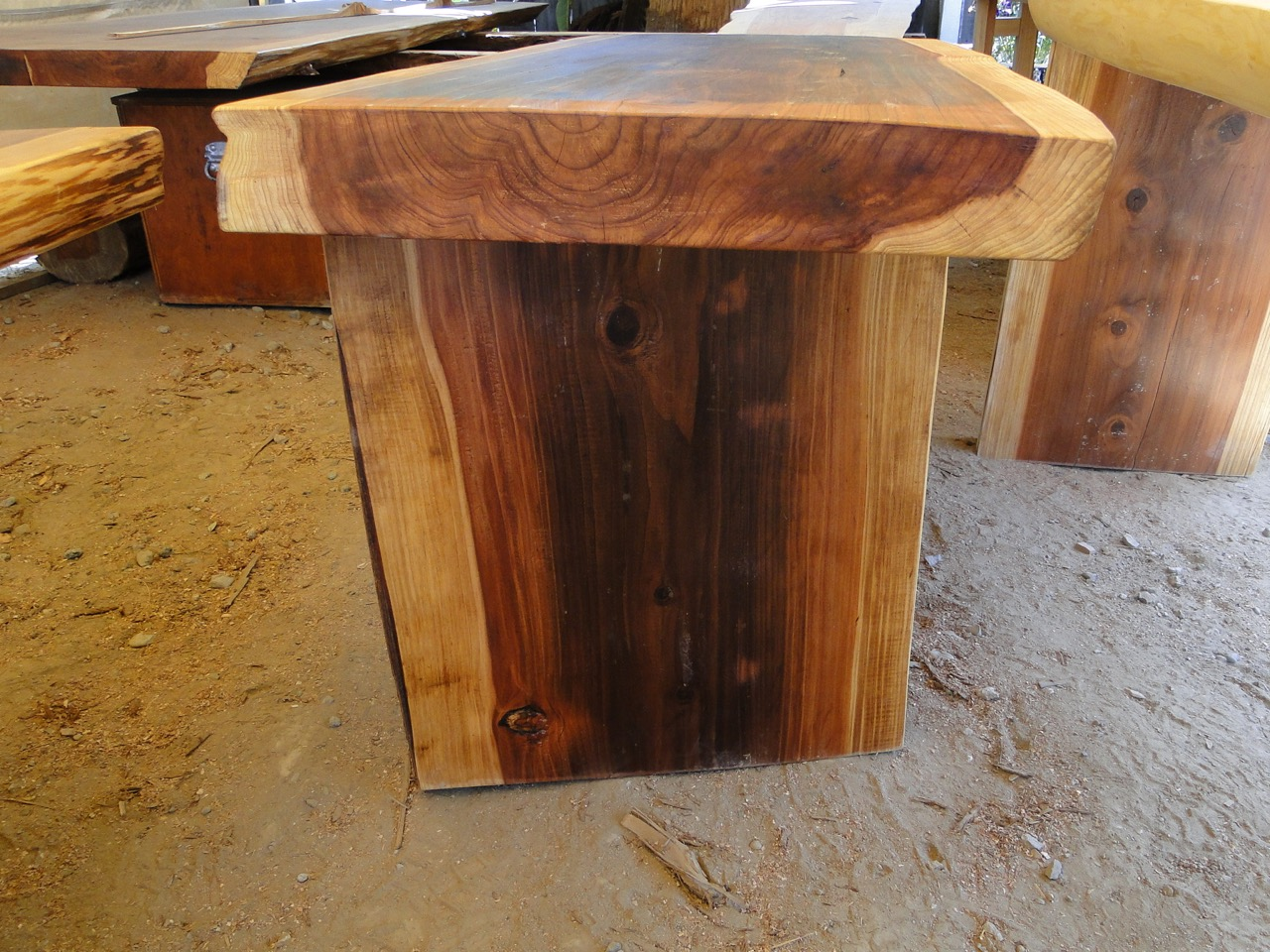 A1 Stump Reclaimed Furniture - 019