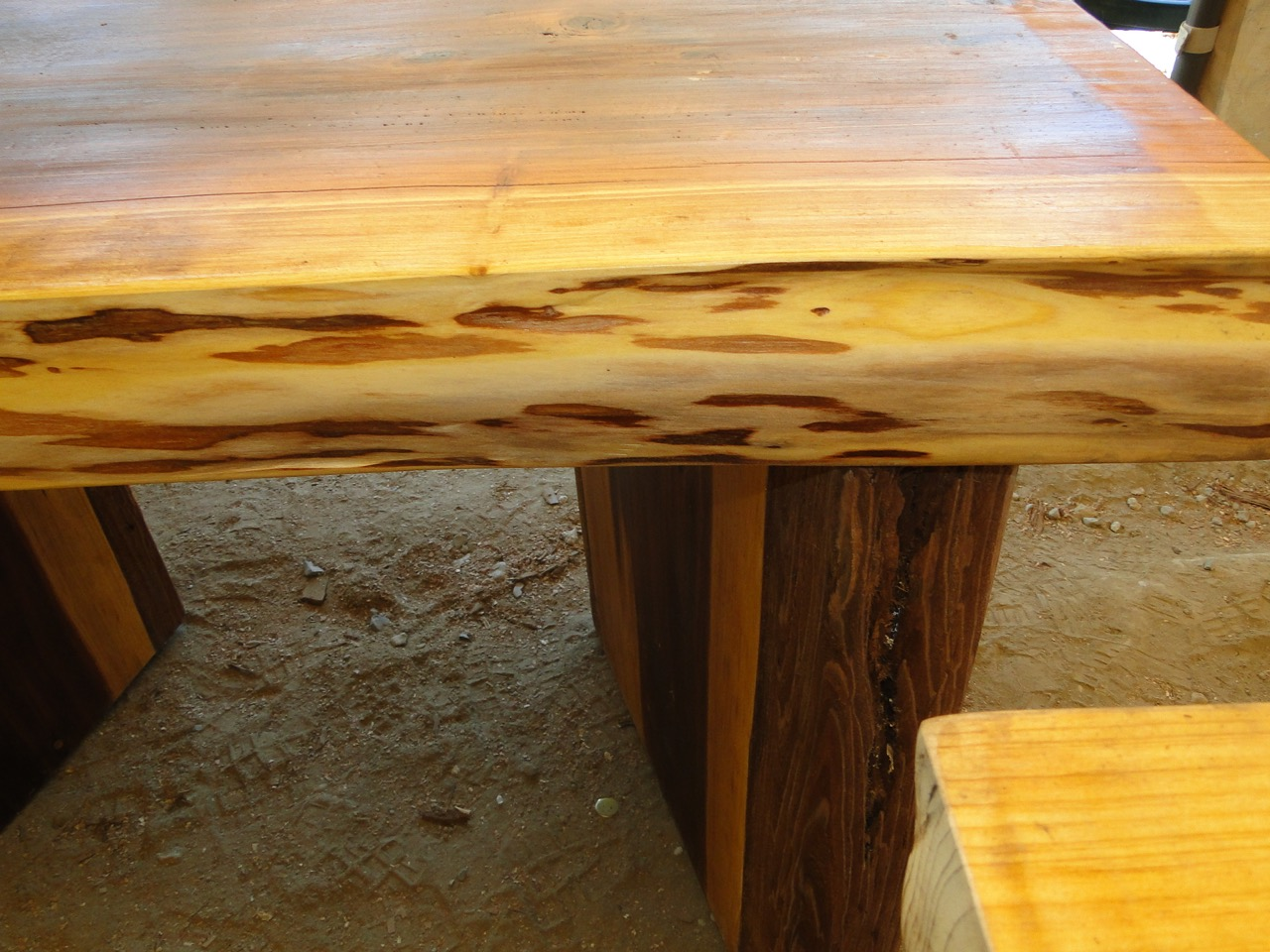 A1 Stump Reclaimed Furniture - 018