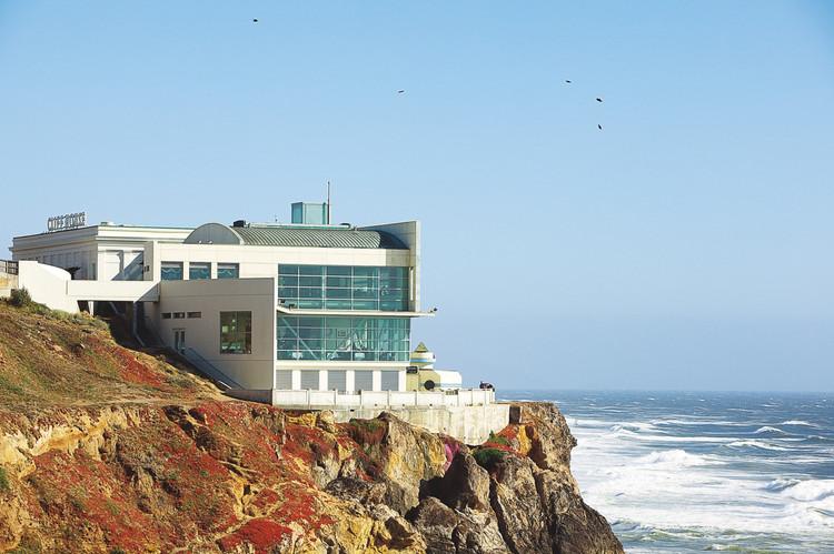 Cliff House - 01.jpg