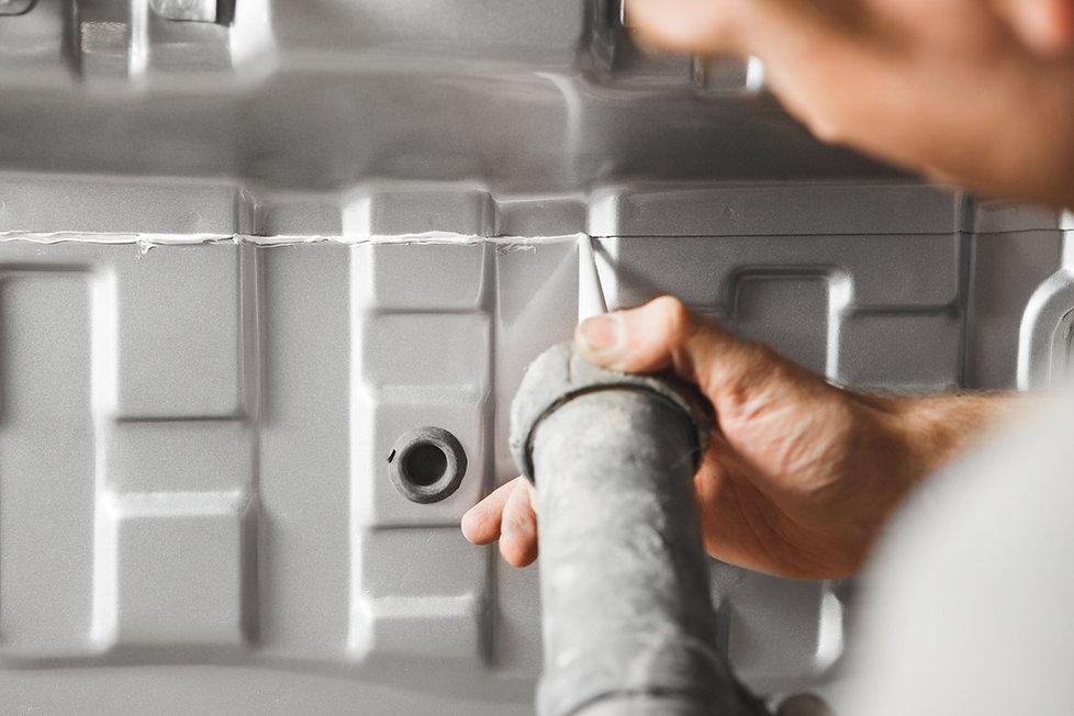 01-ko_KR-carbody-sealing-1x1.jpg