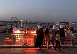 Women Tripoli Corniche.heic