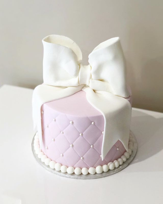 Birthday And Wedding Cakes In Auckland