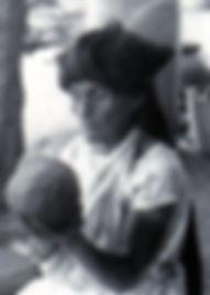 Dona-Rosa---Barro-Negro.jpg
