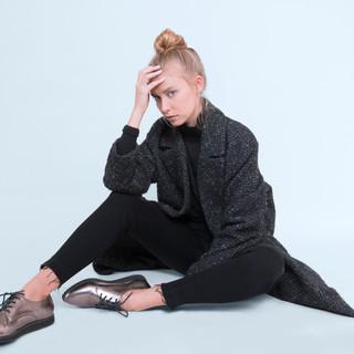 Moda-Modelo-Sentado
