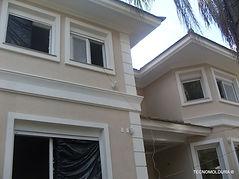 Fabricação de moldura de uso externo para fachada
