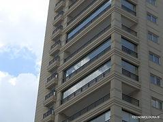 Molduras de uso externo, moldura para janelas de prédios