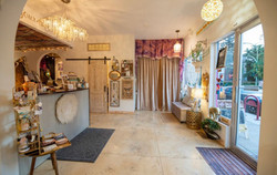 Our beauty sanctuary is filled with creative artists & always positive energy.