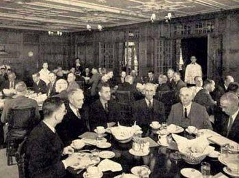 diningroom01-od9ws2u78bqwbd0mt5q6zzos84e