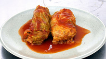 VEGETARIAN CABBAGE ROLLS IN TOMATO SAUCE