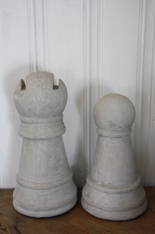 Schackpjäs i betong löpare