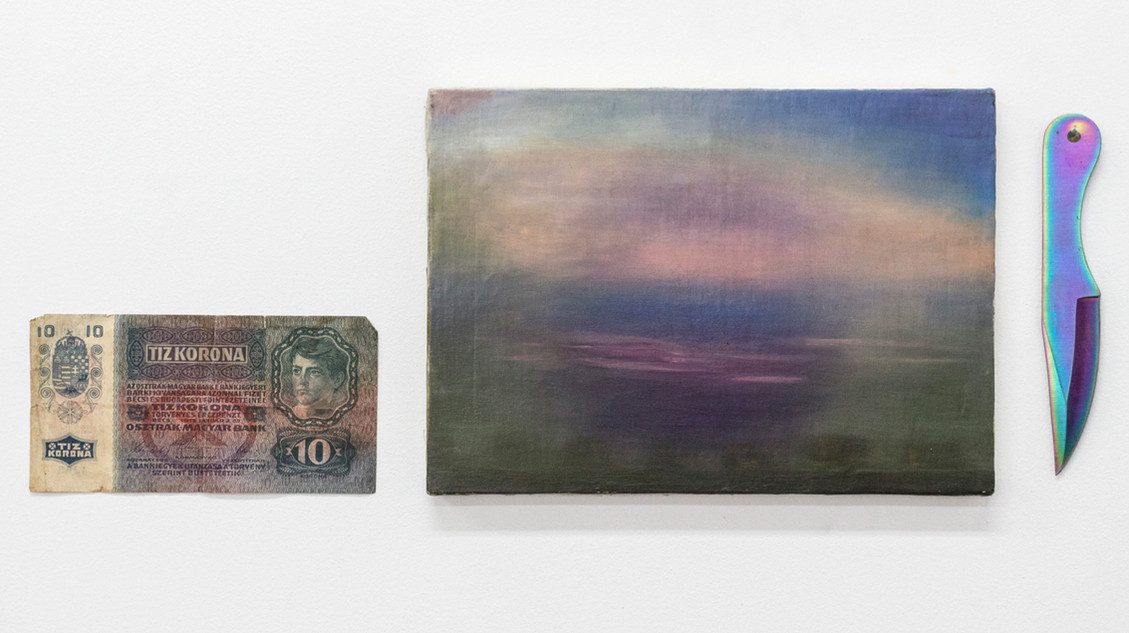 Horizon, 2014 | Russian bill, oil on canvas and knife | 18 x 47 cm