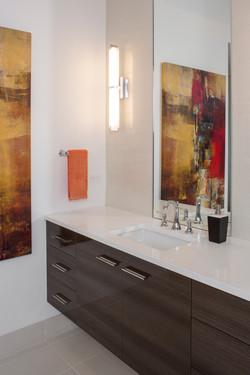 019Master Bathroom Close up-Resolute