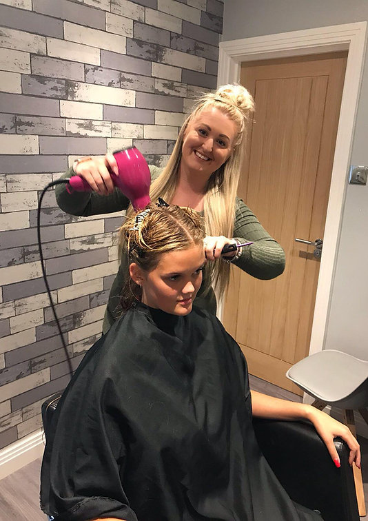 hairdressing by lora mobile hairdresser