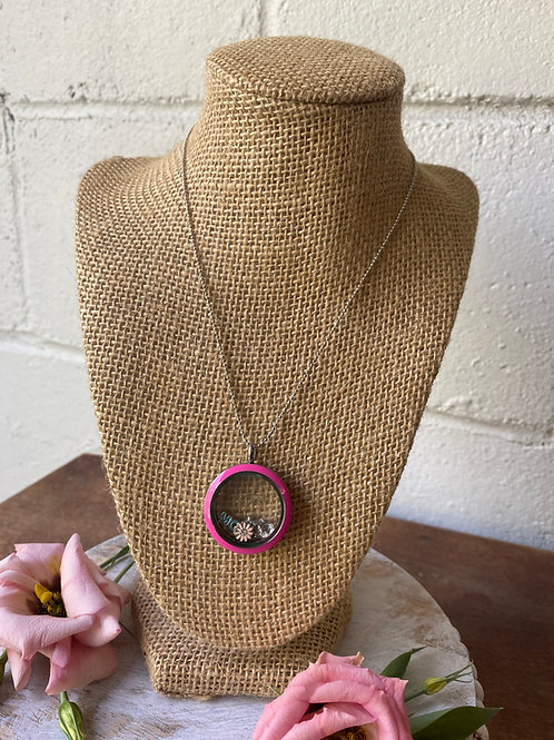 Origami Owl Necklace- Mom