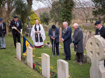 Service remembers HMS Warwick victims