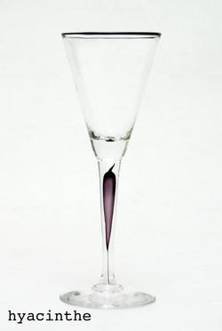 verre-à-pied-hiacynthe-Eric-Lindgren
