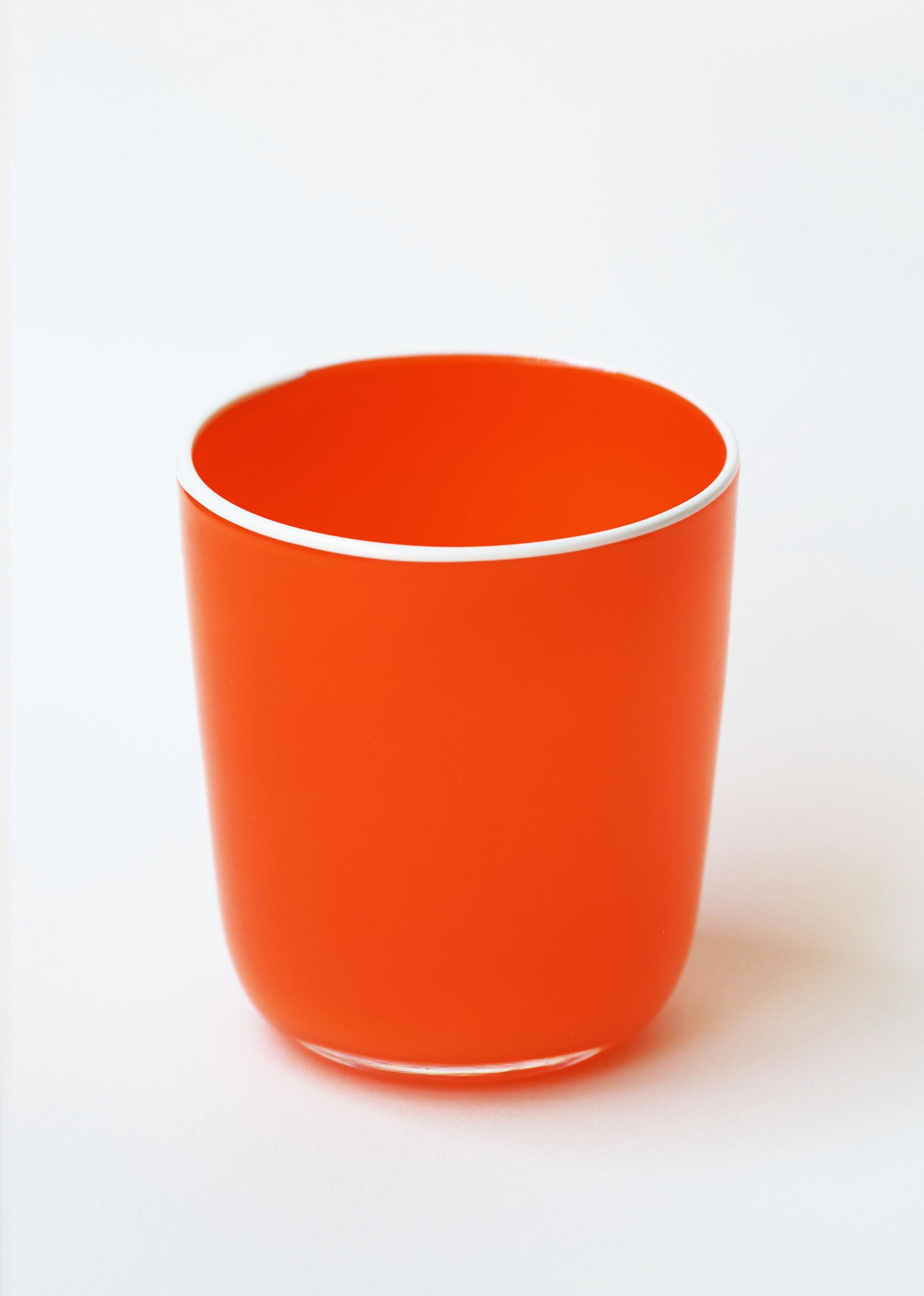 bumba-rouge-Eric-Lindgren-verre