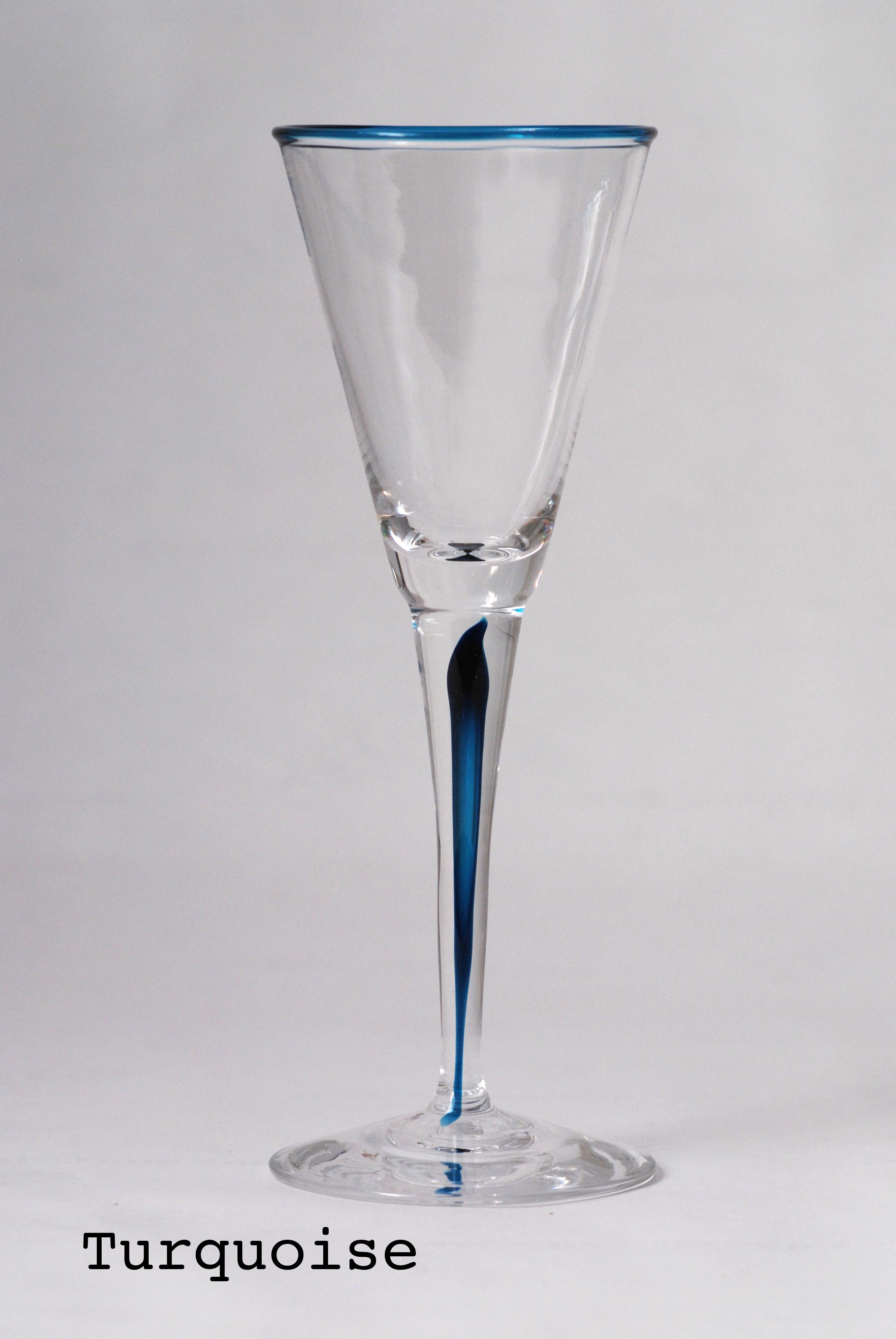 verre-à-pied-turquoise-Eric-Lindgren